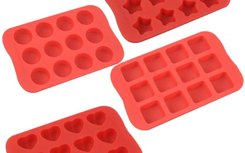 Silicone Baking Molds: Toxic Or Not?